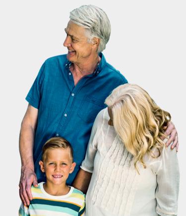 Älteres Pärchen mit Kind. Nachbarschaft ist uns wichtig.